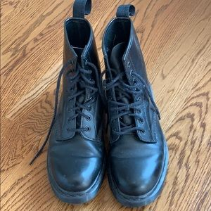 Black Men's Doc Marten Boots